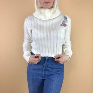 Vintage 1970s embroidered cowl turtleneck sweater